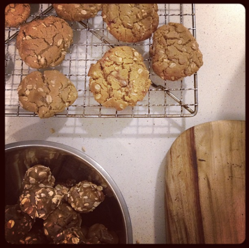 PB choc chip oatmeal cookies