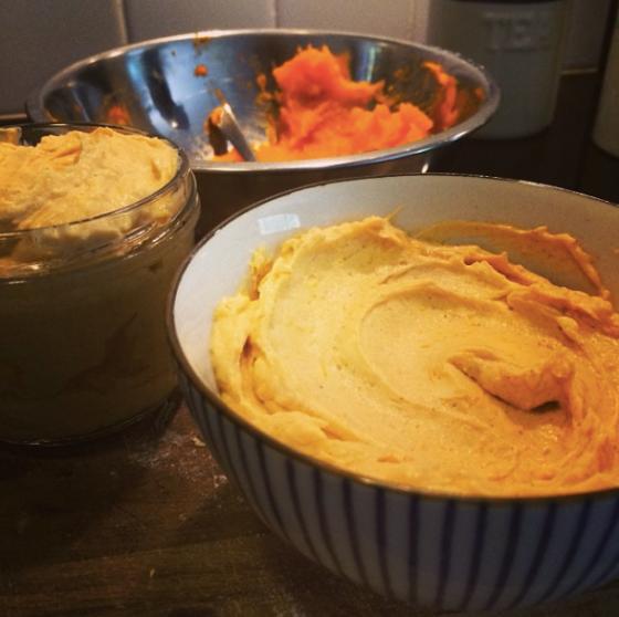 Pumpkin-spice schmear