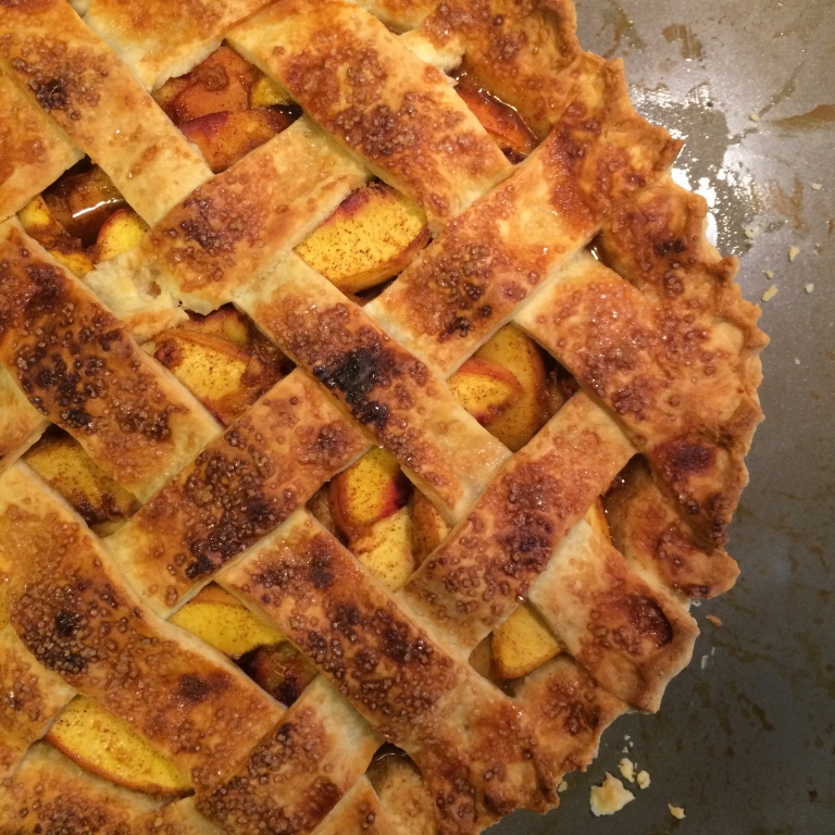 Paprika peach pie