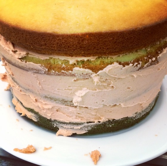 Filling ombre cake