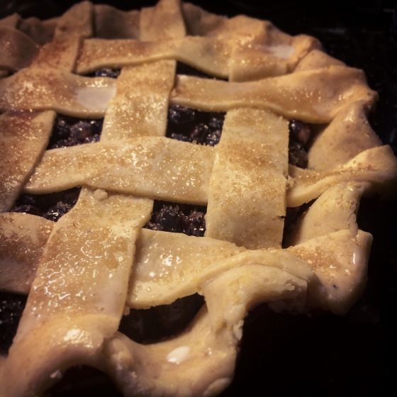 Cornmeal crust lattice