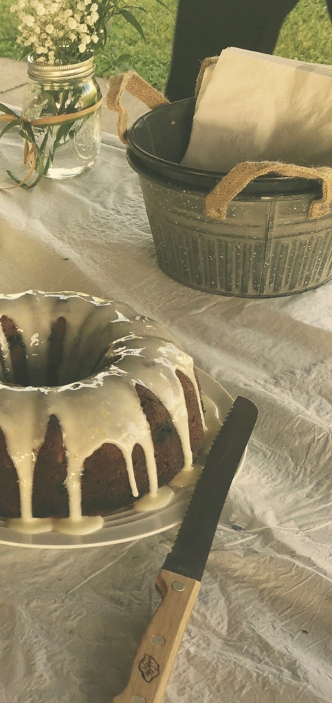 Blueberry+lemon bundt cake